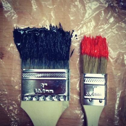 2-brushes-paint